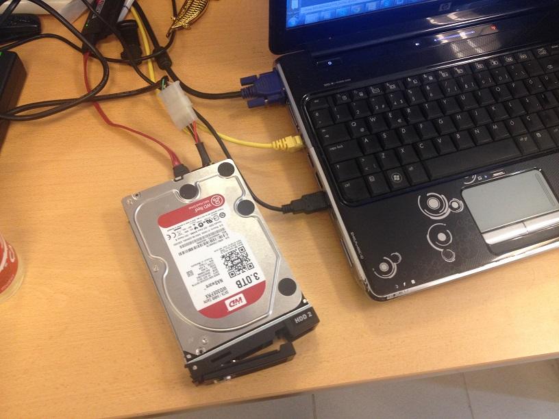 Qnap HDD plug