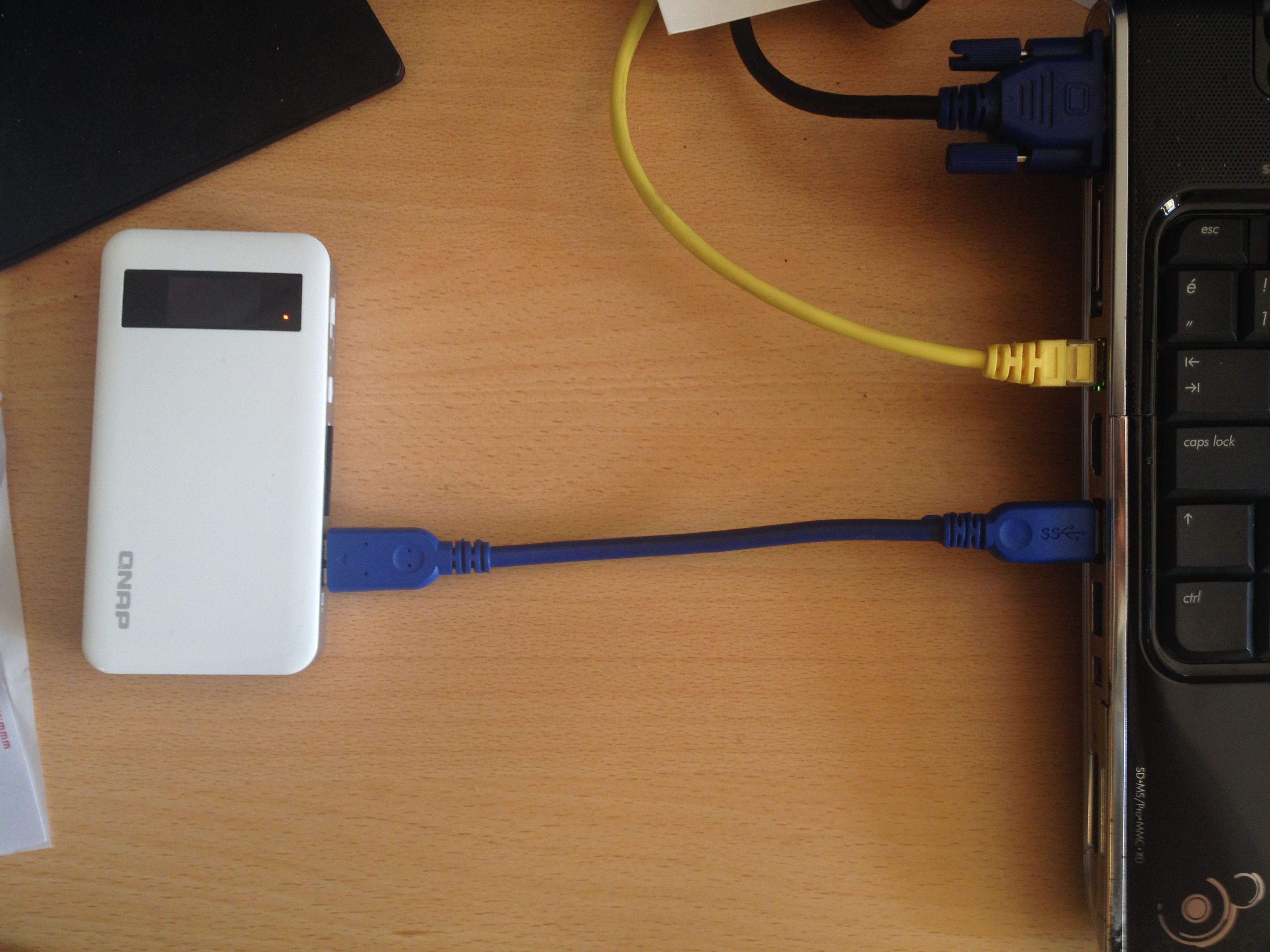 Qnap USB connection and charging